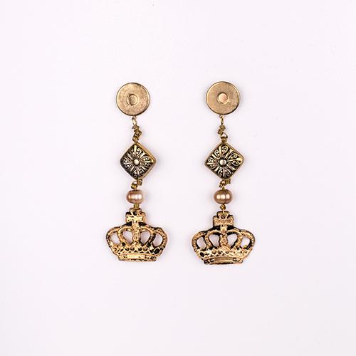 Pendientes corona dorados